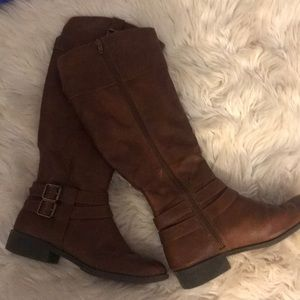 American Eagle Tall Brown Boots